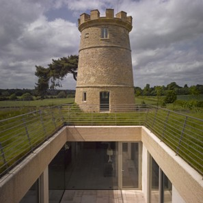 Dezeen_The-Round-Tower-by-De-Matos-Ryan_3
