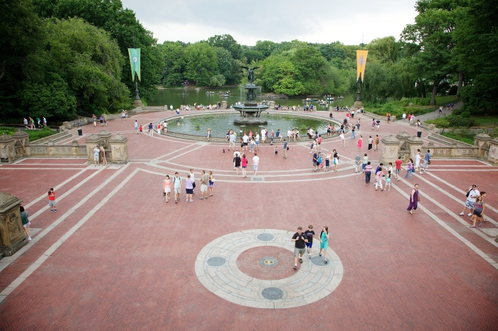 Bethesda_Fountain,_Central_Park,_New_York,_USA-1Aug2010